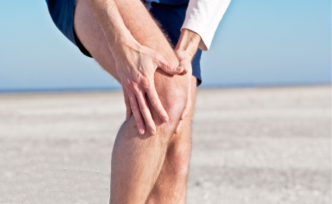 Knee Pain: Can Laser Therapy Protect You From Getting A Joint Replacement?